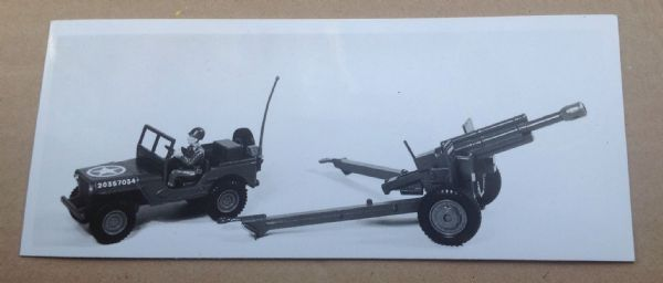 "Dinky Toys Liverpool original Press Photograph Dinky 615 ""Battle Line U.S. Jeep with 105mm Howitzer"""